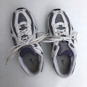 Nike Shoes - Nike Low Heel No Heel Sneaker Tennis Shoes White